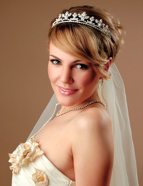 Wedding Hair Down With Veil And Tiara : Wedding hairstyles for short hair womens wedding hair