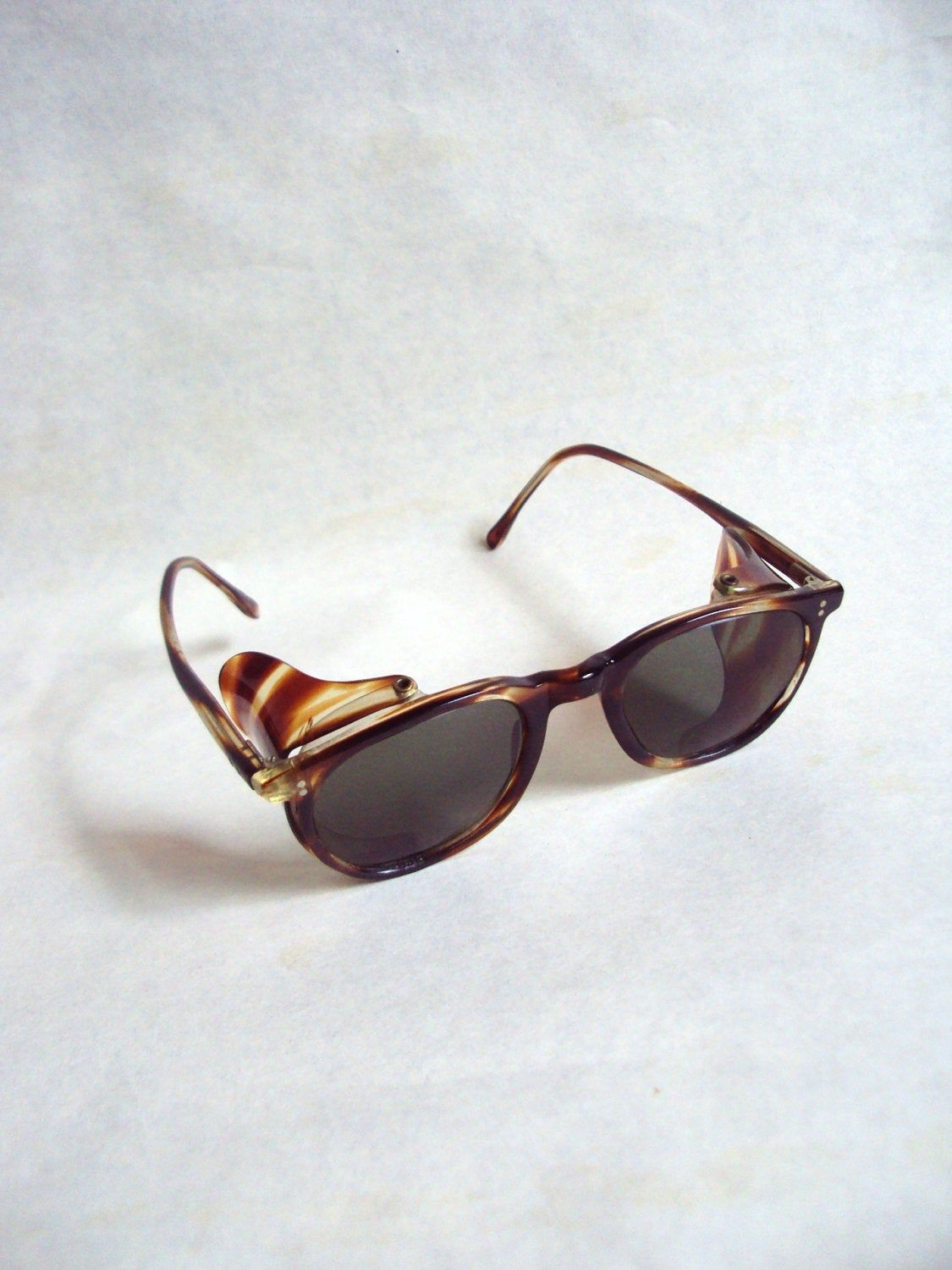 1940s tortoiseshell effect lucite driving sunglasses with