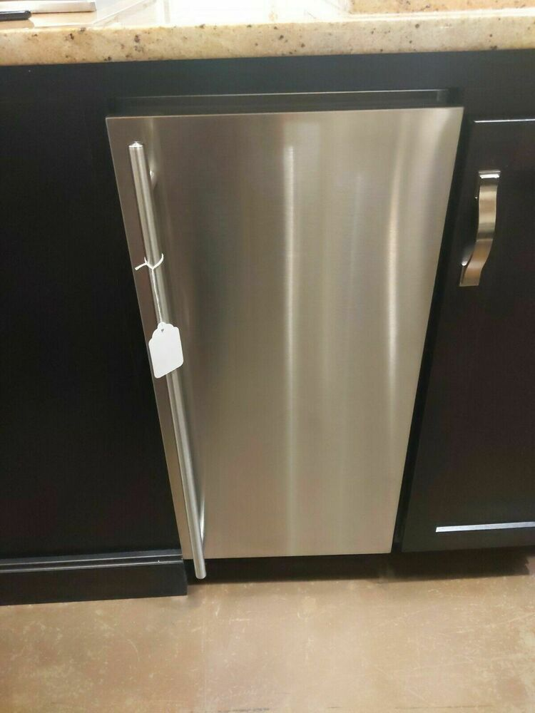 Ge cafe unc15njii 15 under counter stainless steel ice