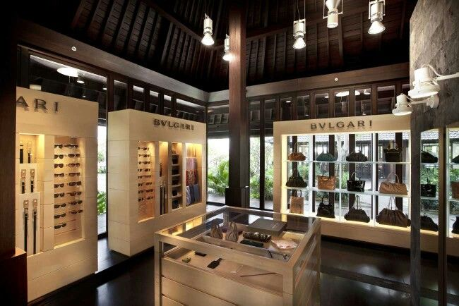 Bvlgari boutique @ Bali resort.