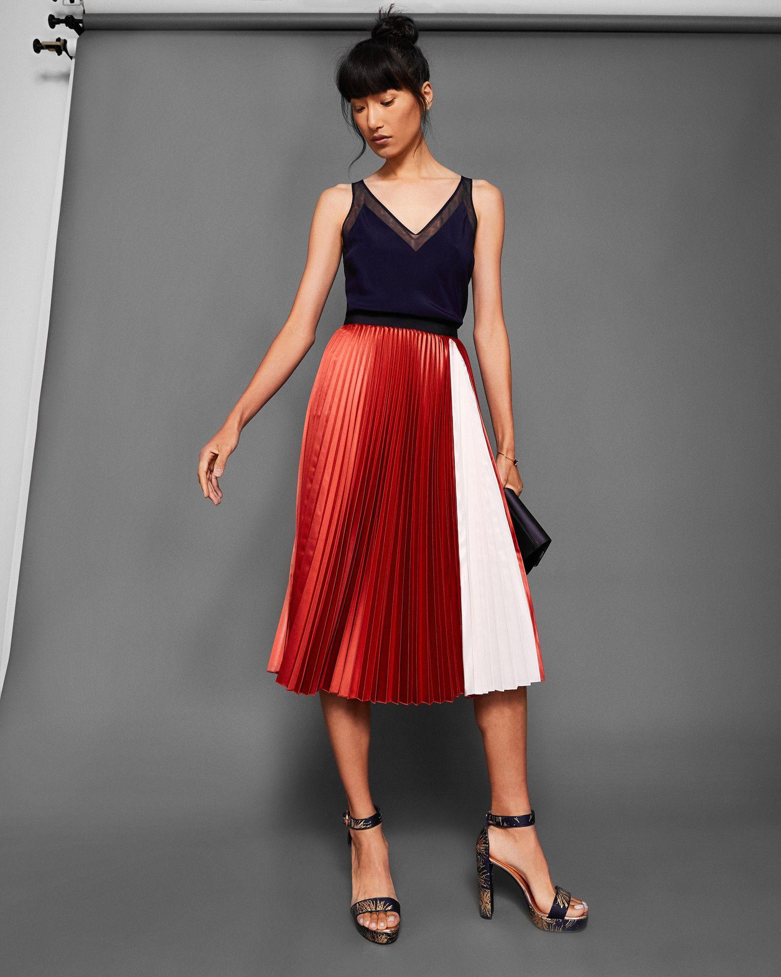 84ea127f8c Ted Baker Colour-block pleated midi skirt Brick Red Midi Skirt Outfit, Skirt  Outfits