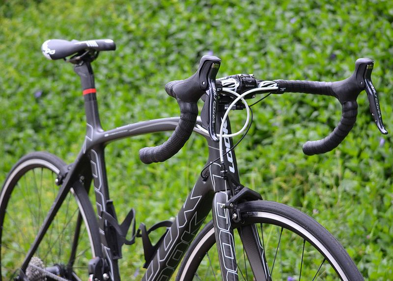 Look 695 With Shimano Ultegra Di2 And Trp Brakes Road Bikes Bicycle Road Bike
