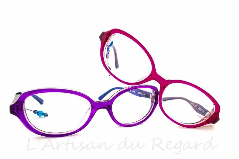 Tête à Lunettes - monture de lunettes de marque - opticien Paris 9 ... 68a3521e91ba