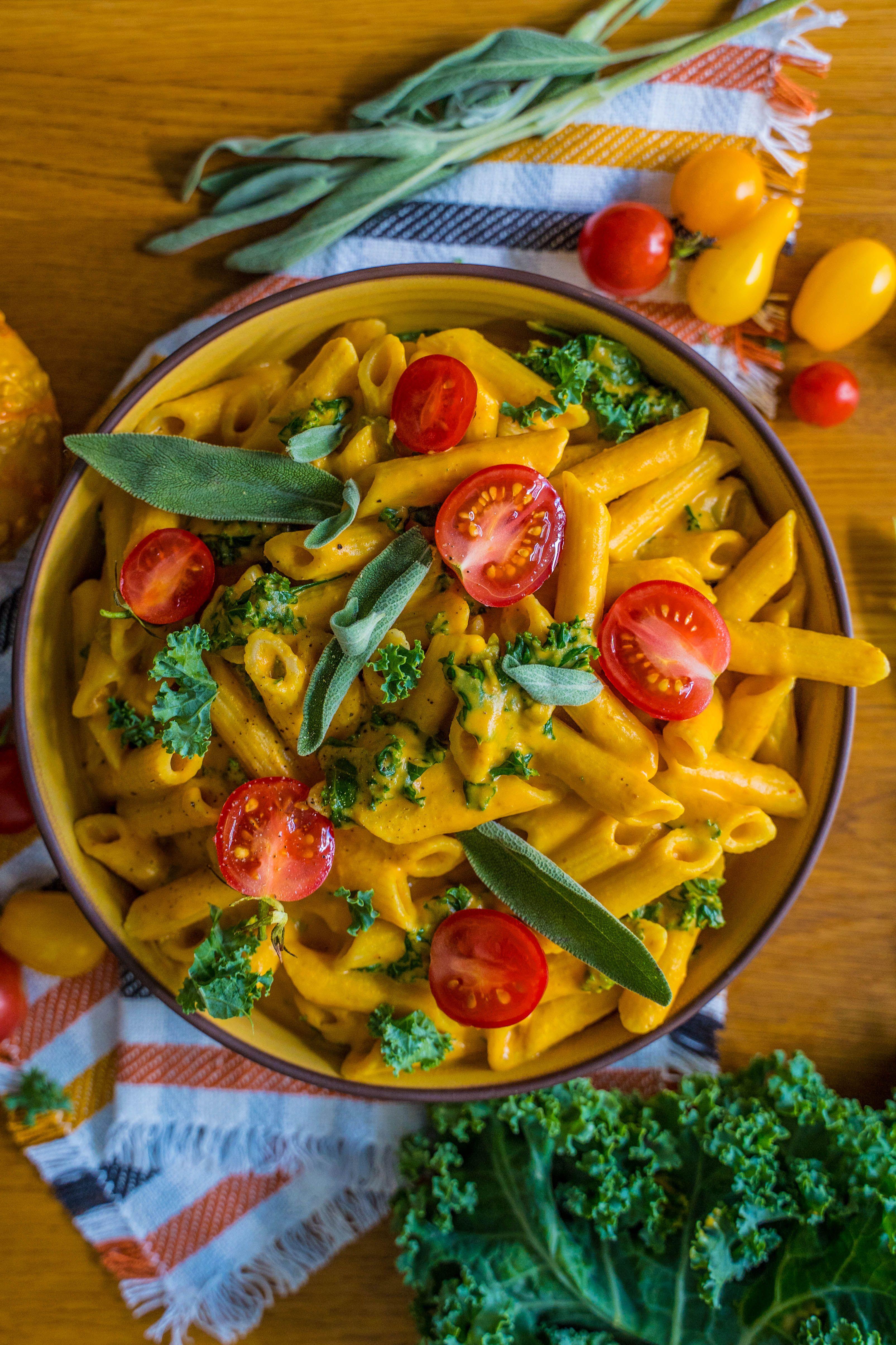 Kürbis Kohl Pasta - cremig & gesund - Mrs Flury - gesund essen & leben #rezepteherbst