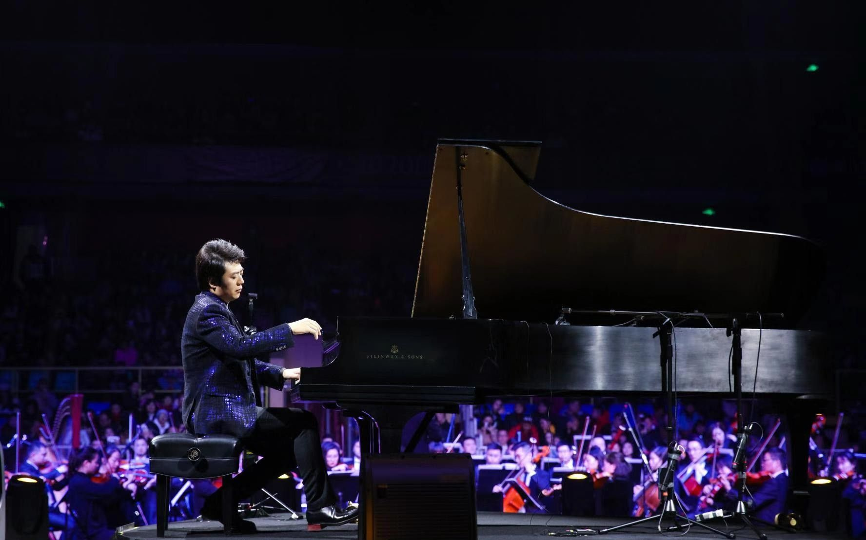 Chinese Grammy Nominated Concert Pianist Lang Lang Has Been Announced As An Image Ambassador Of Next Year S Summer Wo In 2020 New Year Concert World University Concert