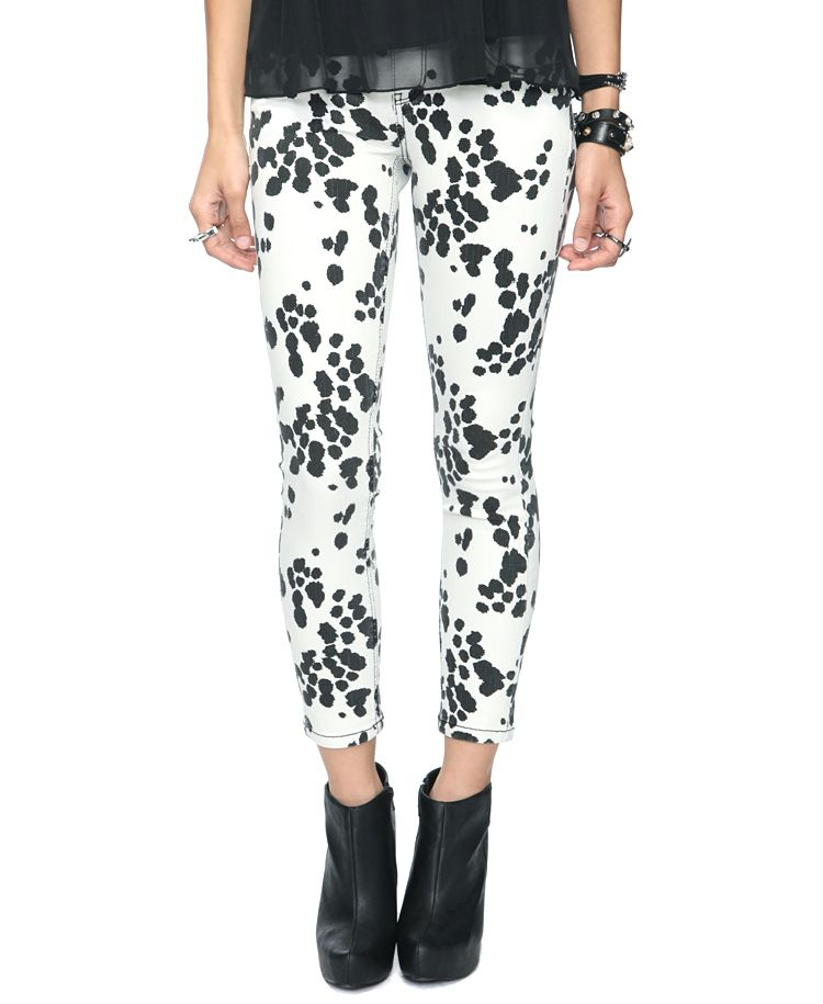 a33430efd3 Dalmatian print skinnies! Great pants for a Disney girl like me ...