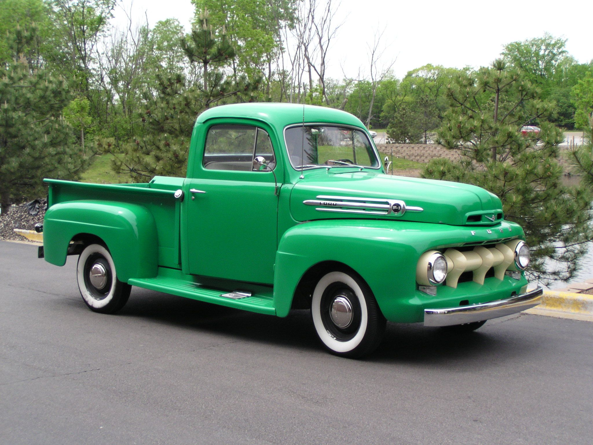 1951 Ford Pick up Maintenance of old vehicles: the material for ...