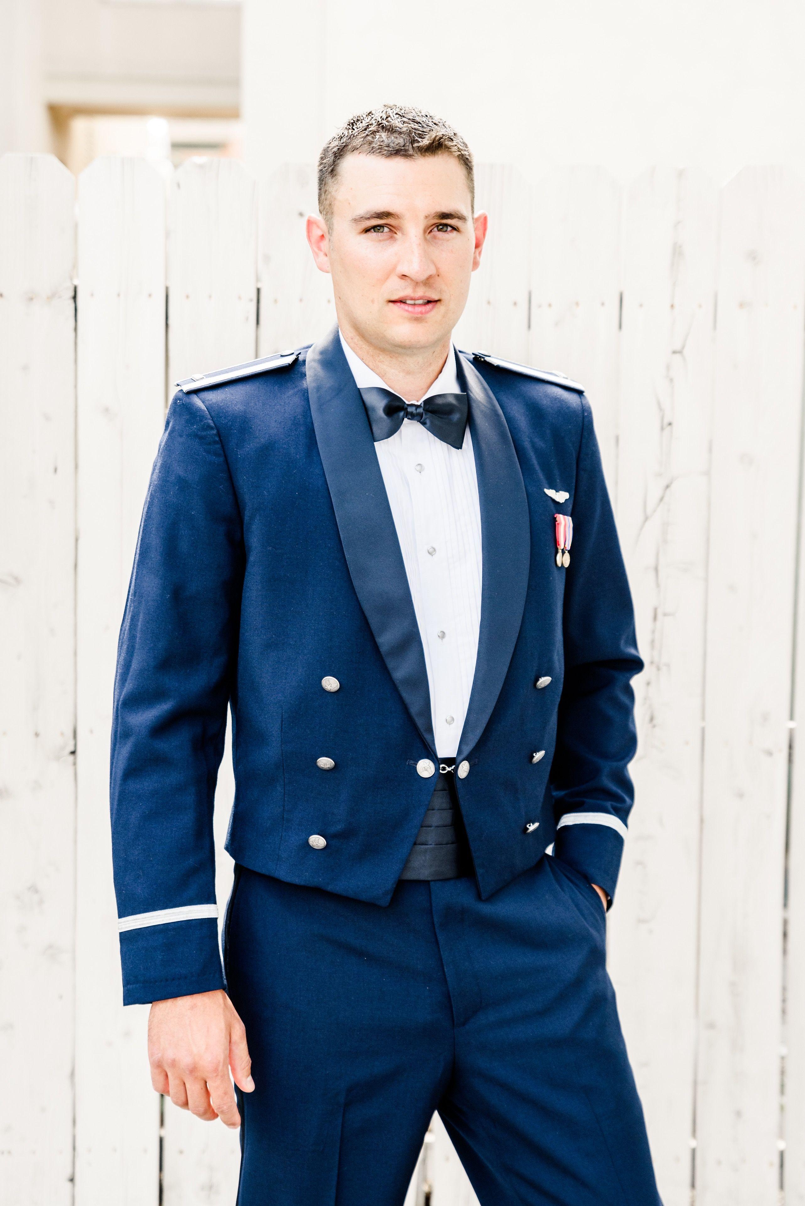 Groomsmen photos, wedding guys, wedding suits, groomsmen poses ...