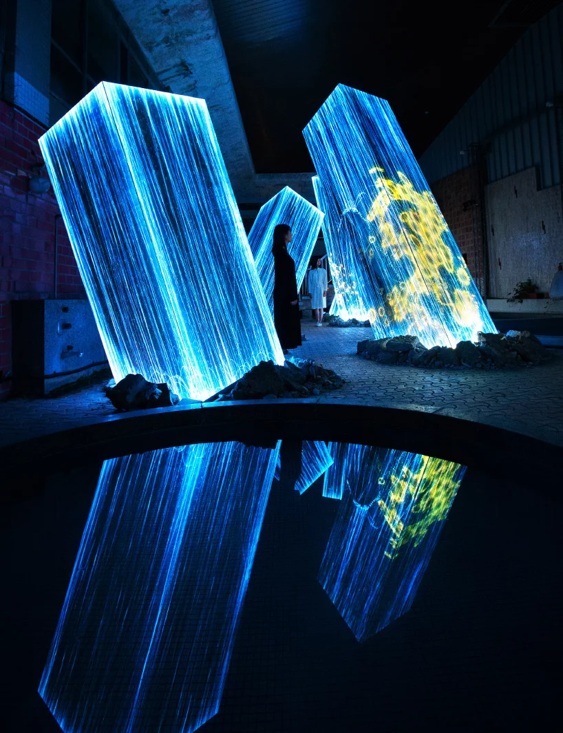 Teamlab Projects Digital Nature On Megaliths In The Bath House Ruins Light Art Installation Projection Installation Interactive Art Installation