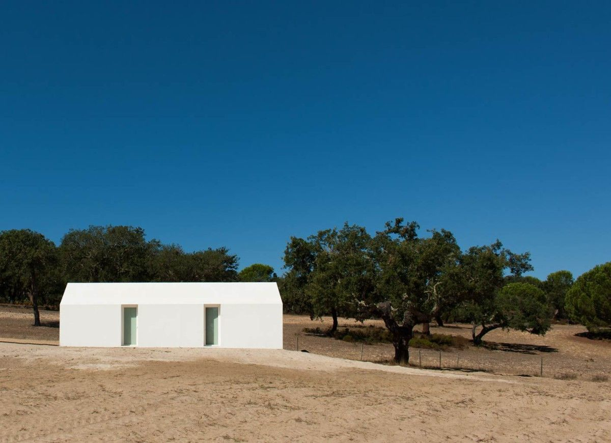 Aires mateus detached house gr ndola 9 photo pinterest aires mateus - Maison modulaire gurney architecte ...