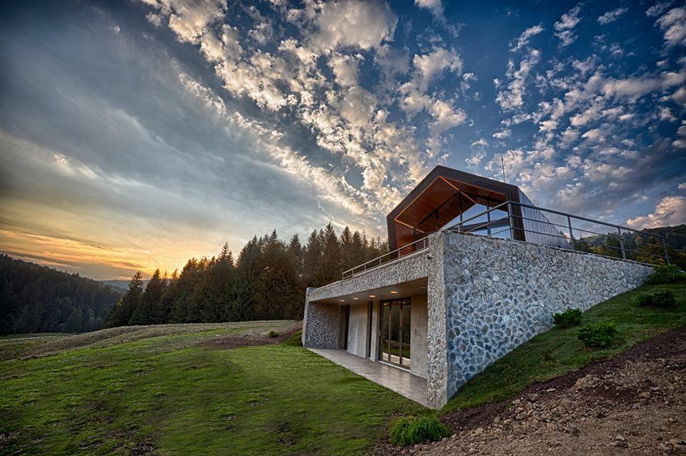 Valley 21-Primul resort montan de locuinte ecologice din Romania