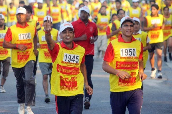 Students Of Pacific University Participeted In Run For Reason Udaipur Udaipur