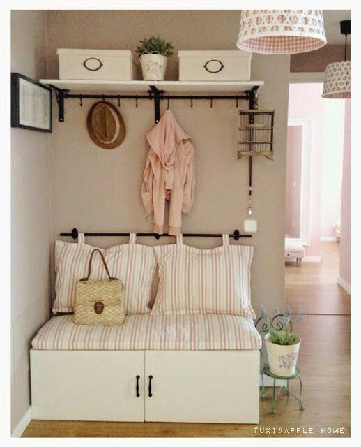 P eds p eds pinterest recibidor decoraci n for Decoracion barata pisos pequenos