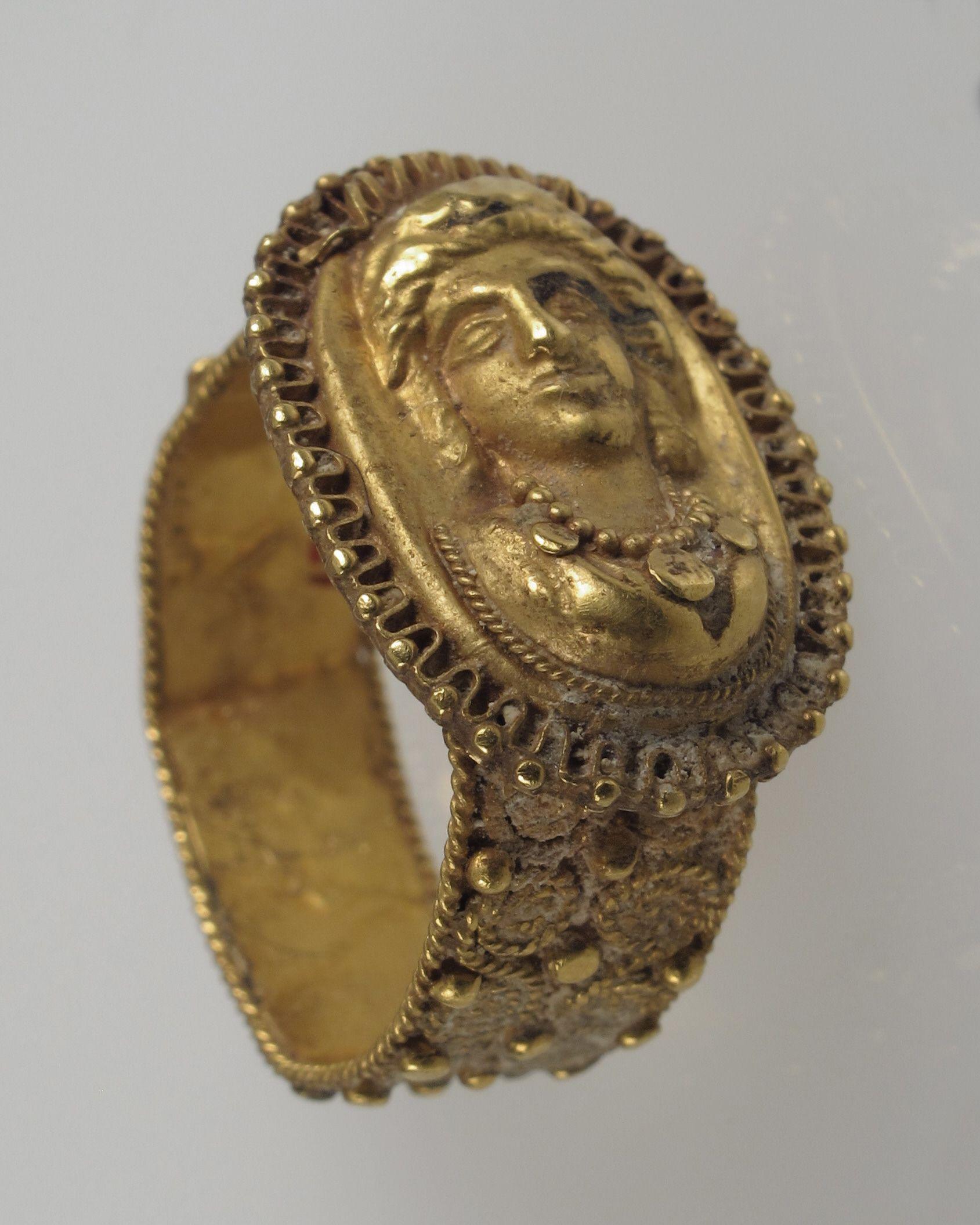 папа картинки золотых старинных колец слоеного теста дрожжами