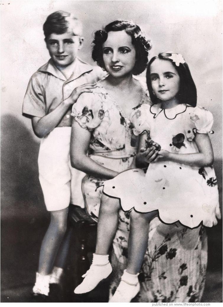 элизабет тейлор фото с детьми полной женщине