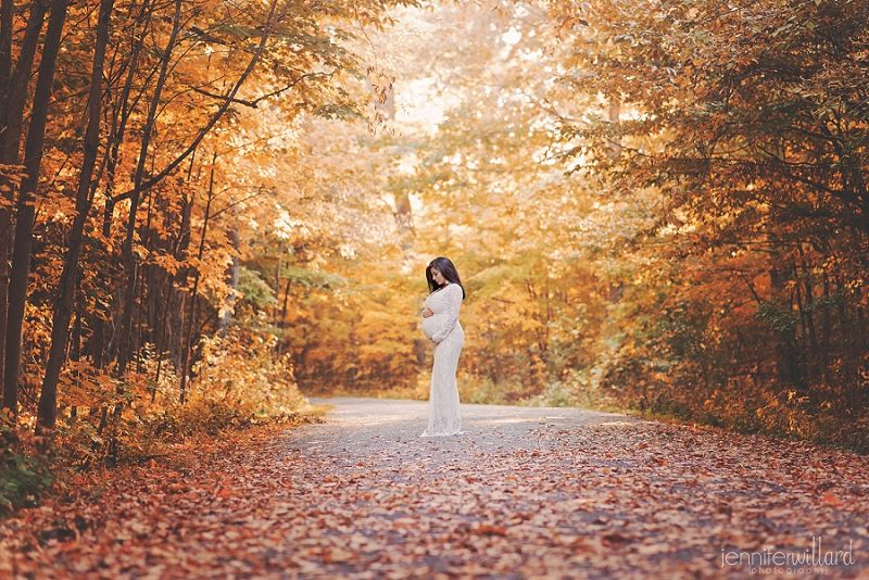 glamour maternity photography, lace dress, forest, autumn maternity, beauty portrait, lemoine point, kingston ontario #autumnphotography