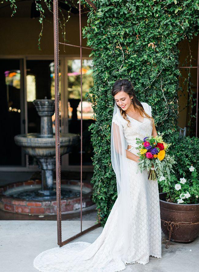 12 vestidos de novia de encaje de ganchillo para la belleza bohemia: inspirados en esto  – Boda