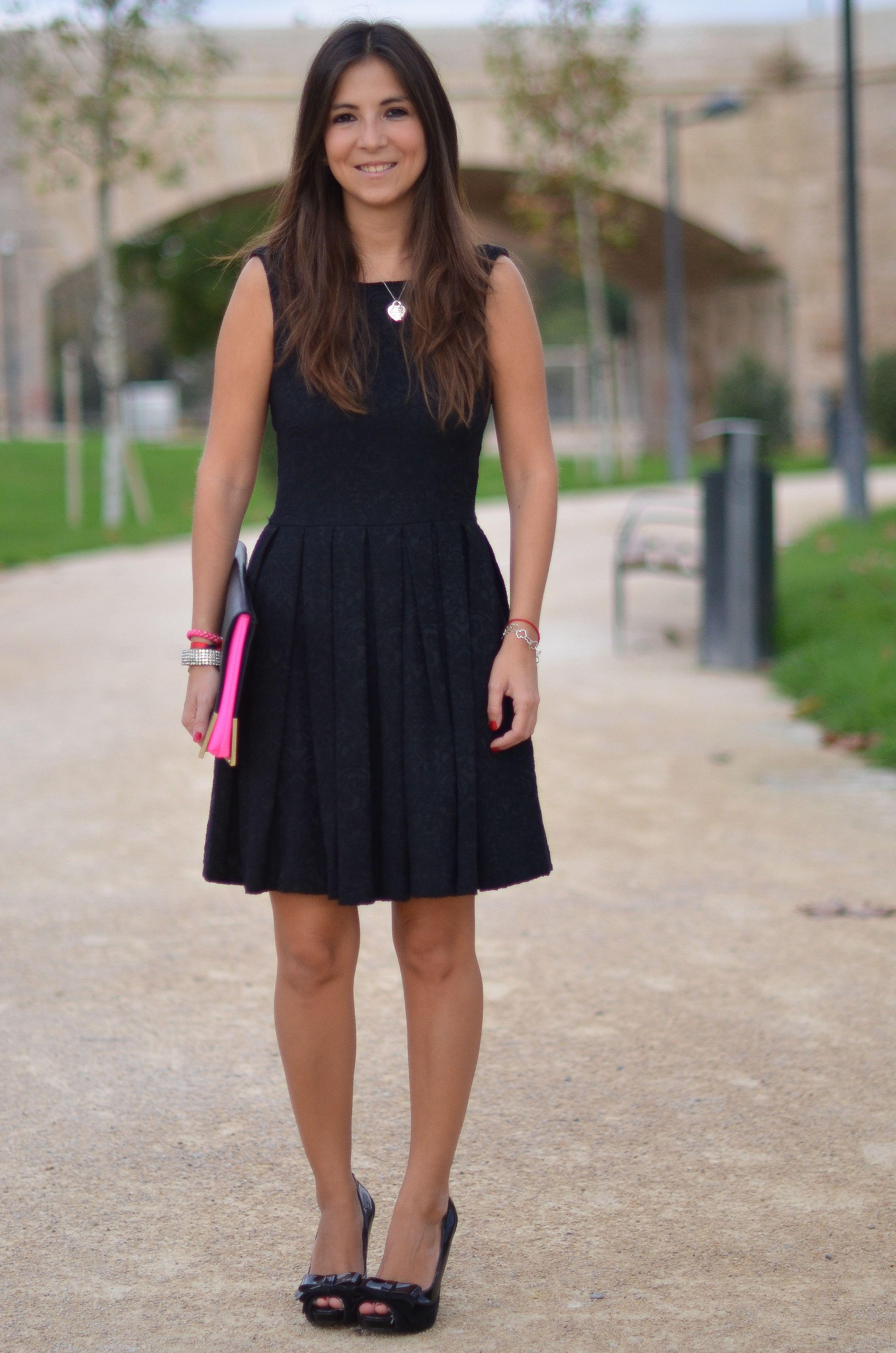 La elegancia del negro http://mariabernal.es/la-elegancia-del-negro/