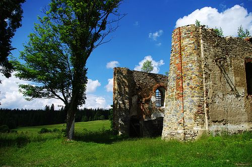 Church of Our Lady of Good Counsel, built in 1783 - 1791, is located in Pohoří na Šumavě, at the very end of Novohradské hory mountain chain. Isolated place where the country ends is still dominated by the church, although nowadays being partly a ruin.