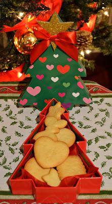 Caja de arbol con biscuits de AnAna´s Biscuits: Biscuits de Navidad!!