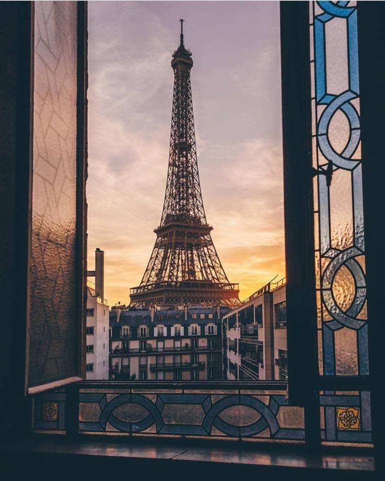 Gorgeous Dreamy Picture Of The Eiffel Tower Through A Beautiful Stained Glass Window Travel La Vie Parisienne Paris Eur Paris Eiffel Tower Tour Eiffel