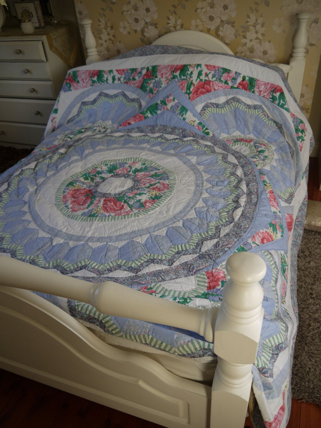 Large Patchwork Quilt - Durham style by VintiqueTree on Etsy ... : large patchwork quilt - Adamdwight.com