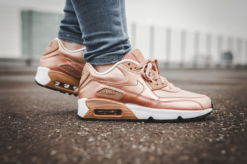 Rose Gold Isn t Over Yet  Nike s Air Max 90 SE LTR (gs)