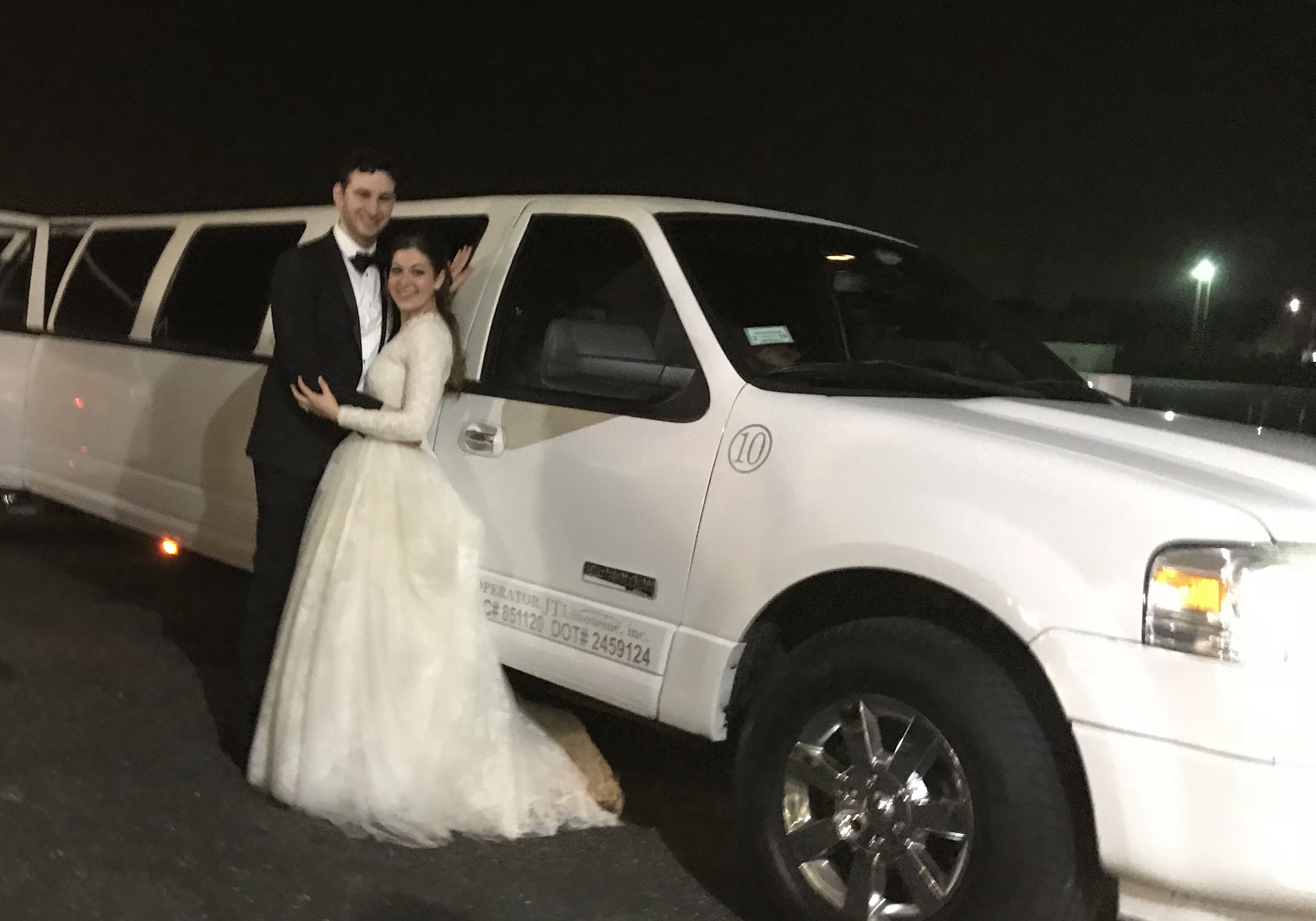 Brooklyn Ny Wedding Luxury Transportation Stretch Limousines