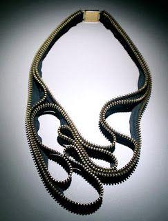 ::: OutsaPop Trashion ::: DIY fashion by Outi Pyy :::: Inspiring zipper jewelry by Kate Cusack