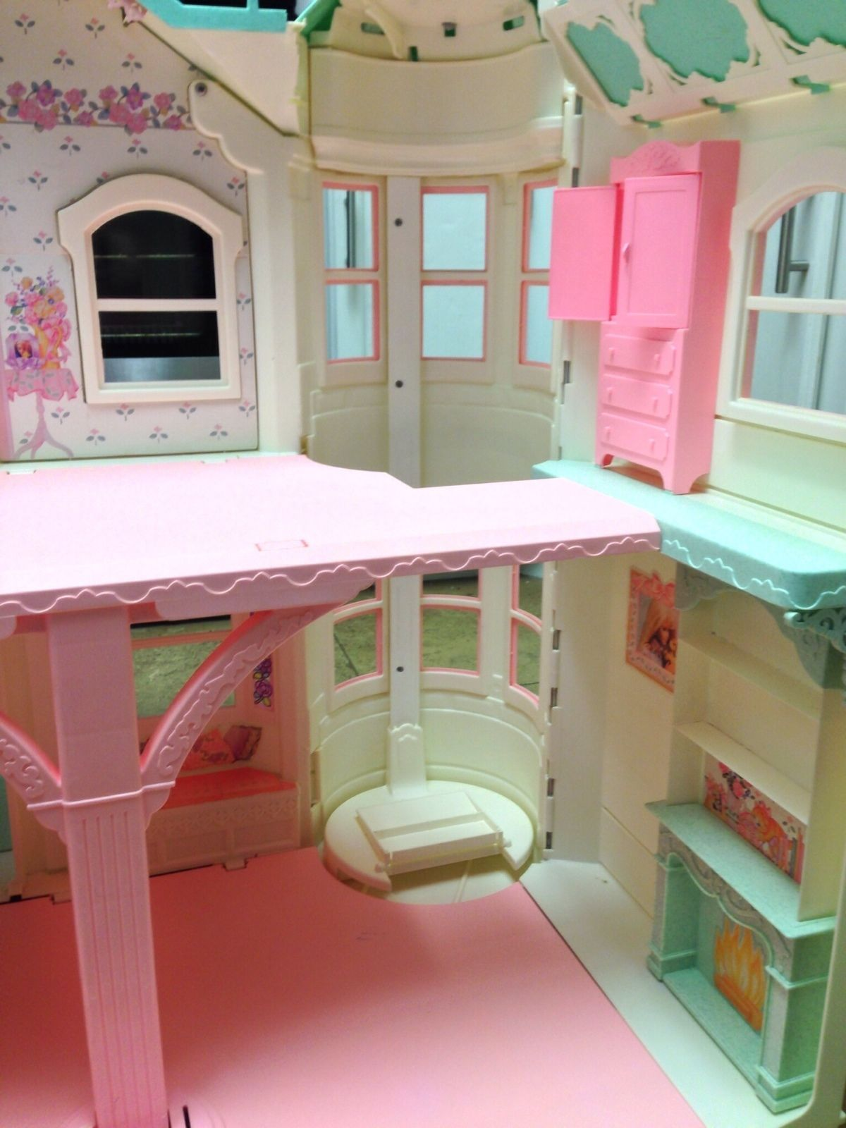 Turquoise Barbie House: Barbie Deluxe Victorian Style Dream House By Mattel White
