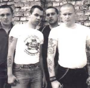 skinheads 80er jahre - Ecosia
