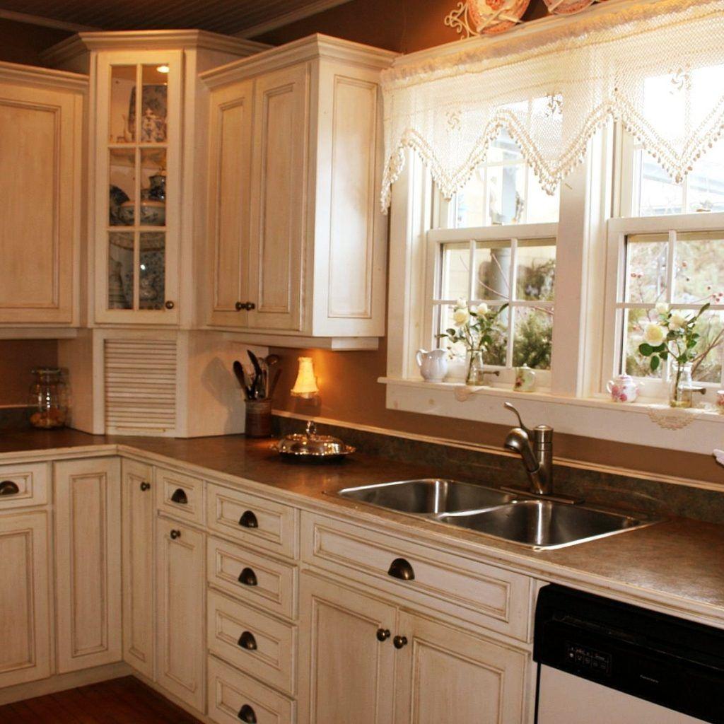 35 best inspiring corner kitchen sink cabinet designs ideas for home with images corner on kitchen cabinets corner id=59271