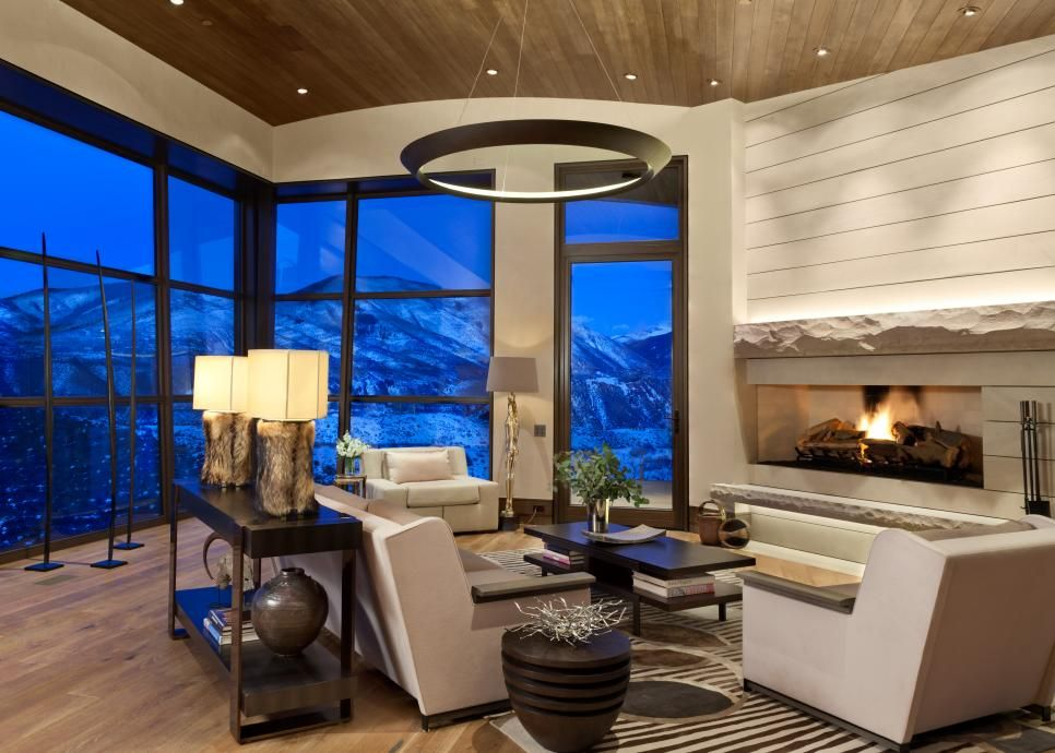 Elegant Rustic Vacation Home In Aspen With Contemporary Style