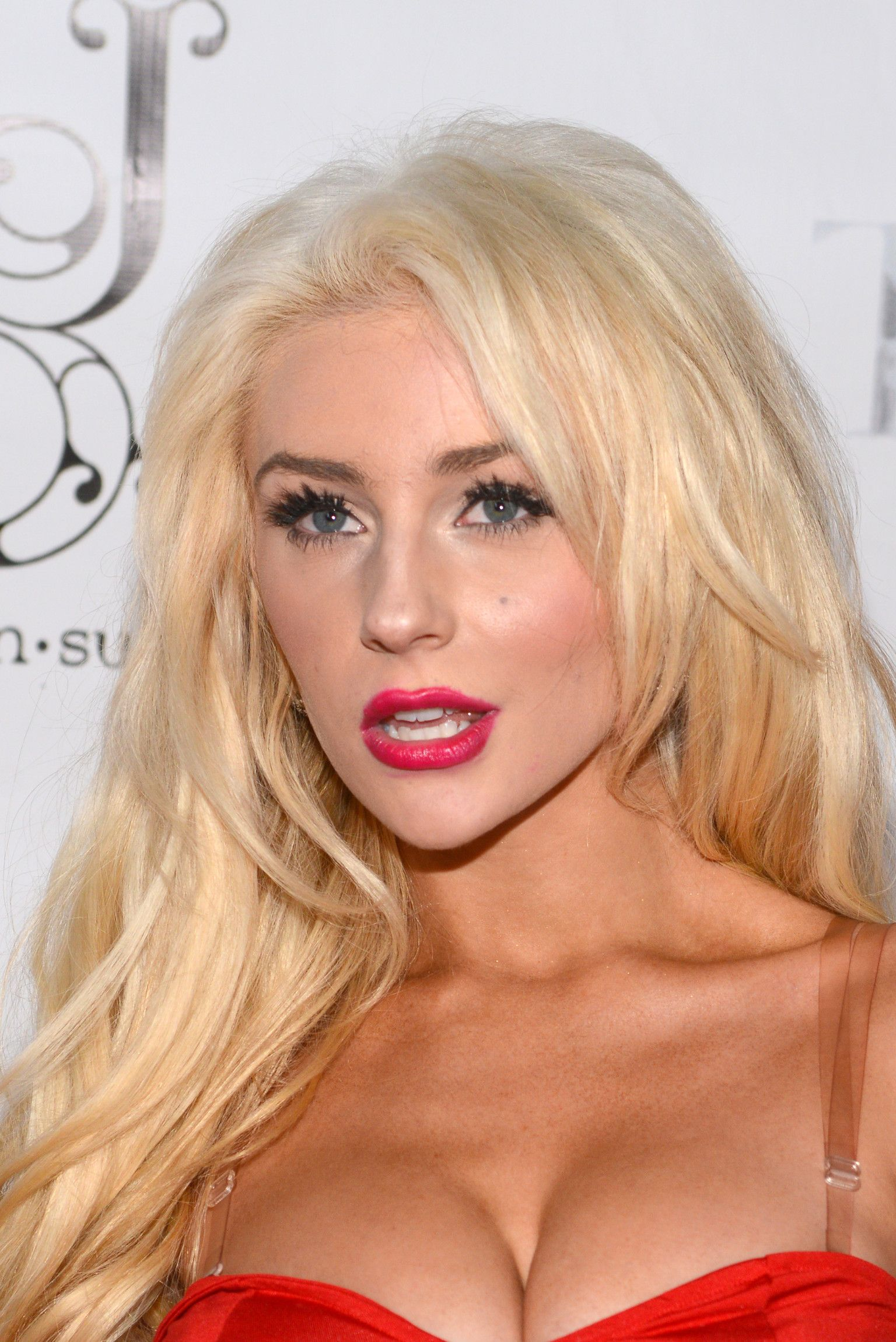 Twitter Hacked Courtney Stodden naked photo 2017