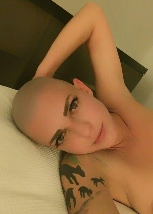 Bald Woman Sex 63