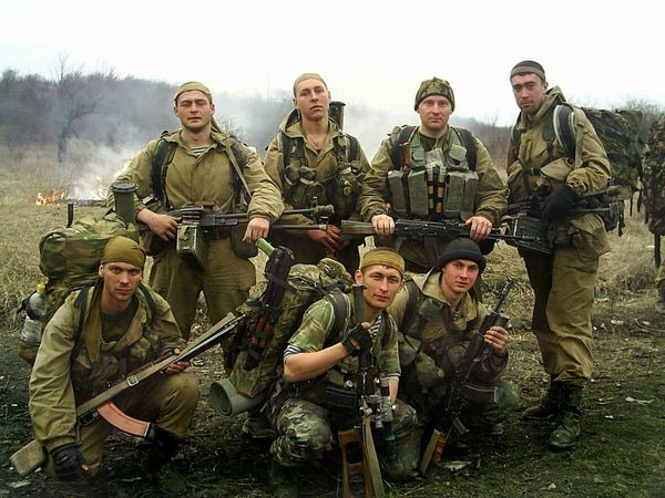 ww2 special forces | Squad of Russian soldiers with RPK, bottom left.