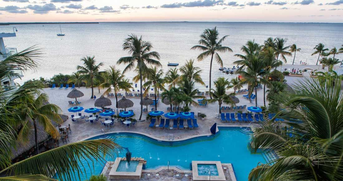 Soak Up The Warm Florida Sunshine And Enjoy Elegance Of Key Largo Bay Marriott Beach Resort Our Hotel Offers 17 Acres Waterfront Splendor