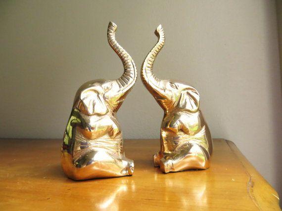 Vintage Brass Elephant Bookends, Gold Elephant Book Ends, Elephants Statue, Brass Figurine, Hollywood Regency