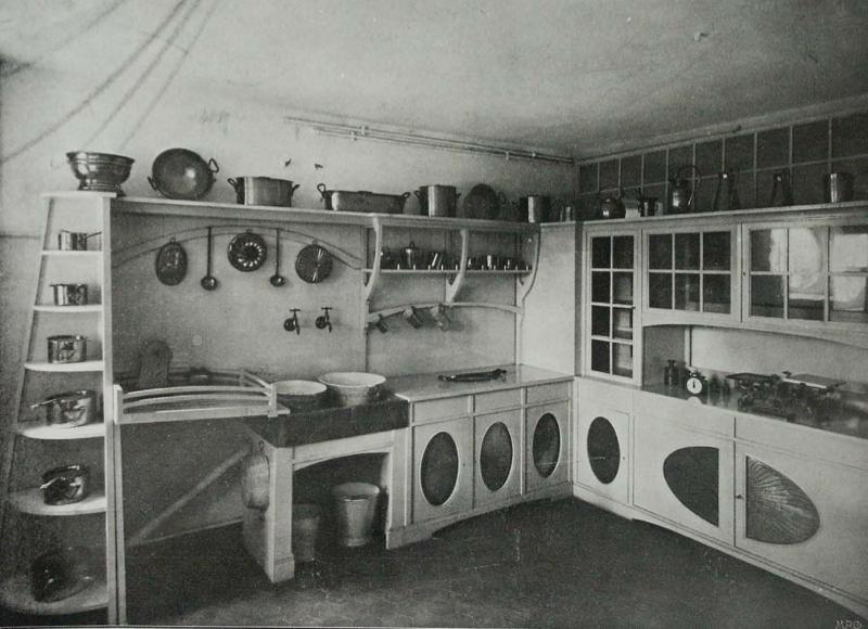 Peter behrens kitchen in his house in darmstadt 1901 for Industriedesign darmstadt