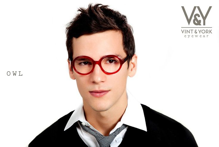 9a7fc937c25 These unisex glasses with their rounded frames and sleek temples