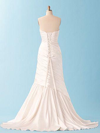 disney bridal - ariel (back) | My One Day Wedding | Pinterest ...