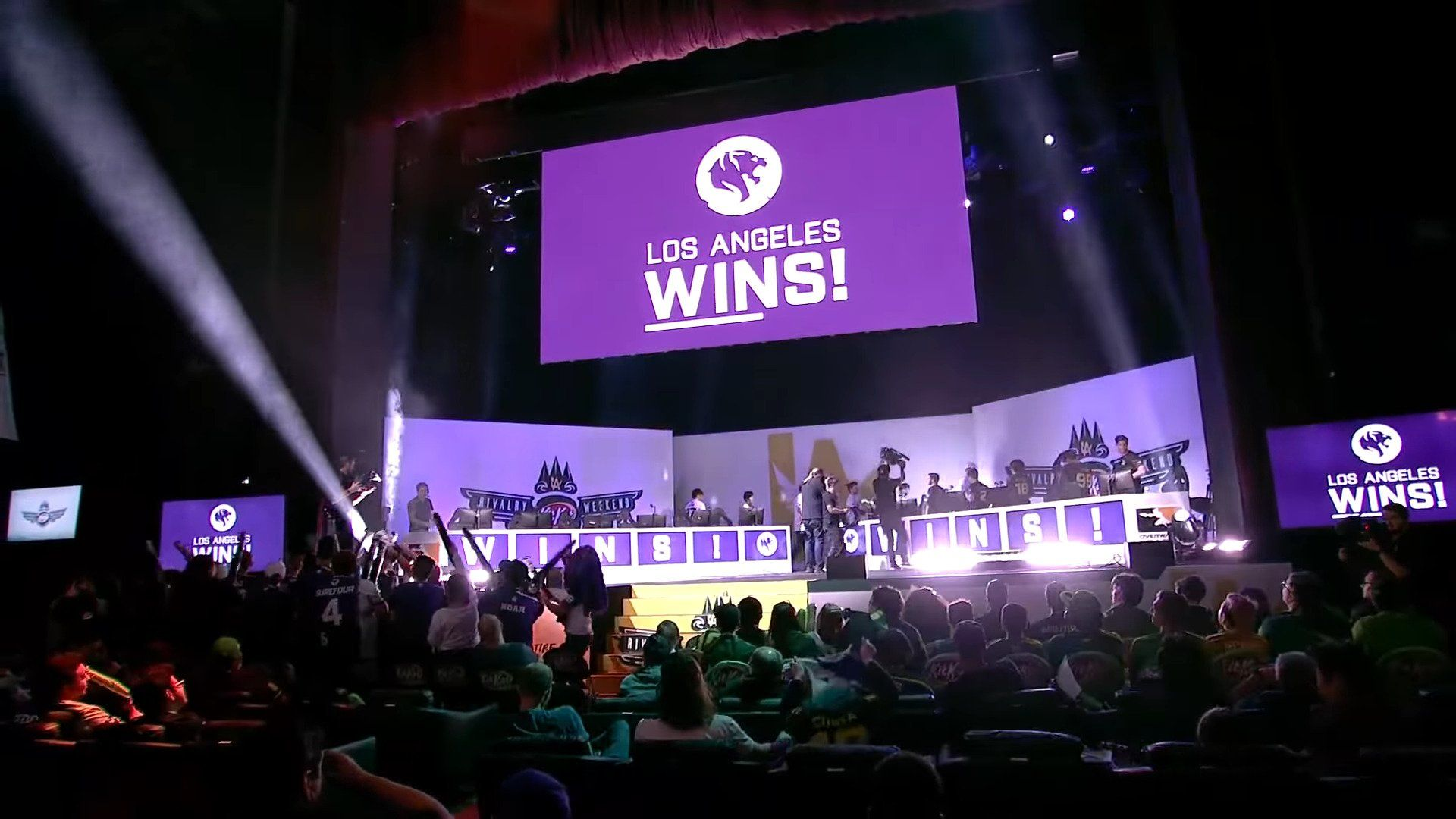 Owl Brenda Suh Is The New General Manager Of The Los Angeles Gladiators Blizzard Losangelesgladiators Overwatch Overwatchlea In 2020 Los Angeles Suh Overwatch
