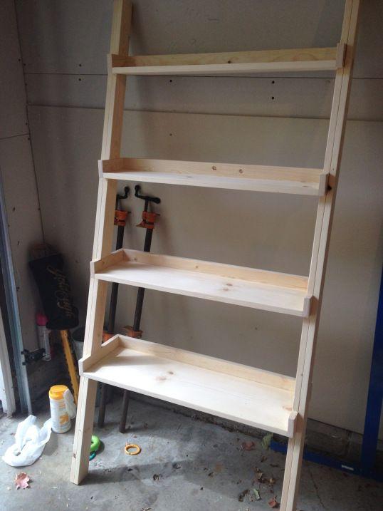 Diy Ladder Bookshelf An Easy Weekend Project Bookshelves Diy