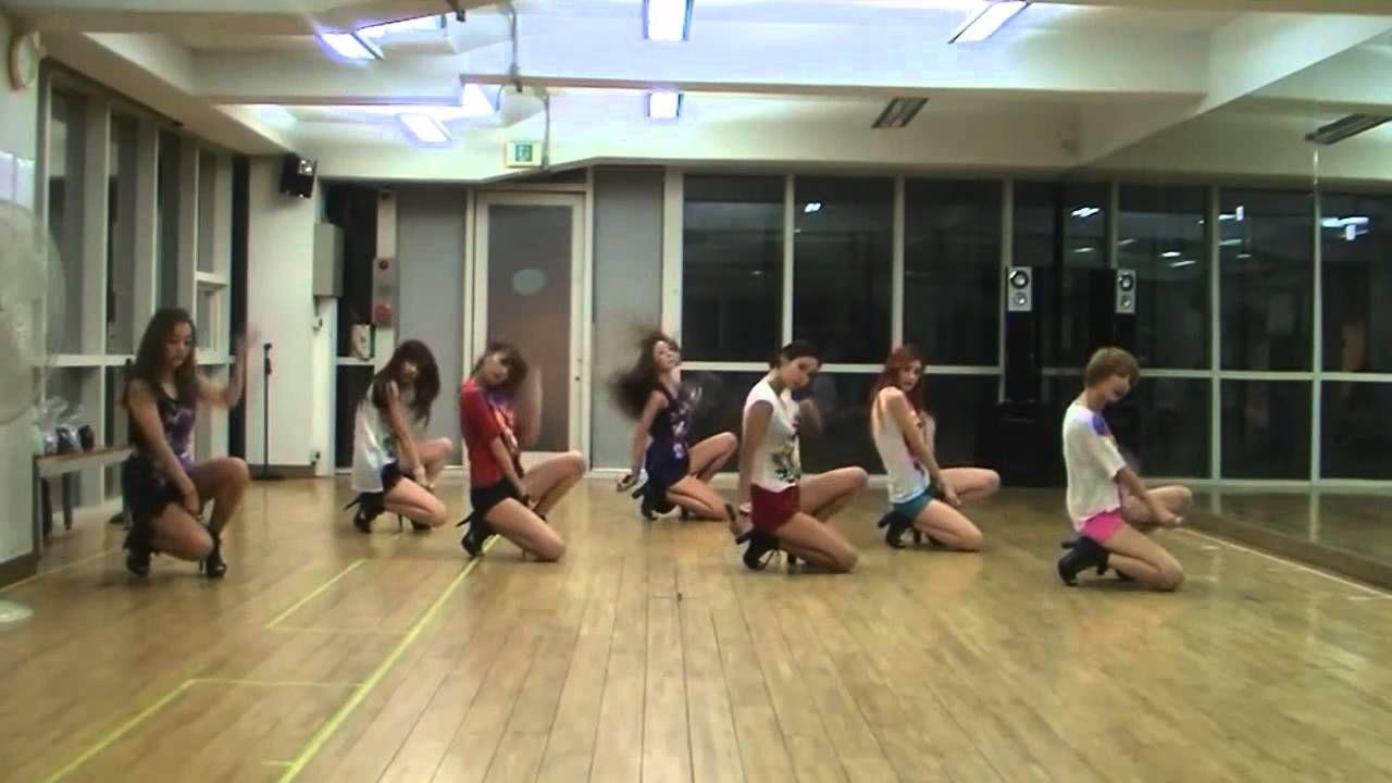 Tvxq maximum dance practice dresses