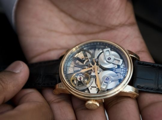 Arnold & Son TB88 Hands On (Live Pics)