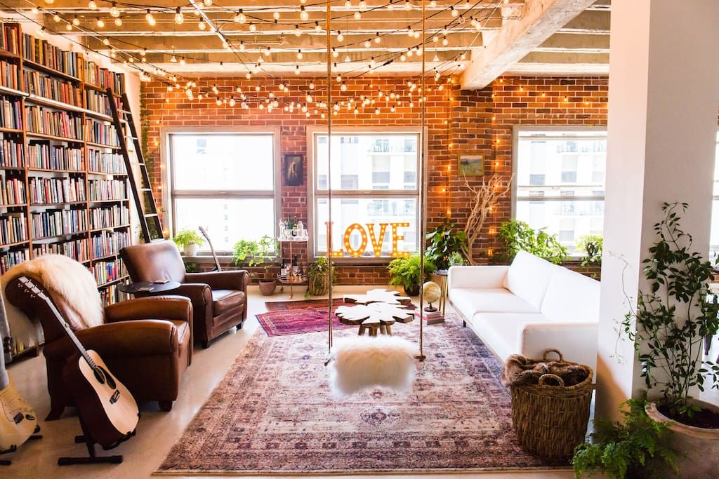 Entire Home Apt In Los Angeles Us Gorgeous Industrial Loft Designed By Interior Design House Oh Beaut Industrial Loft Design Loft Design Loft Interior Design