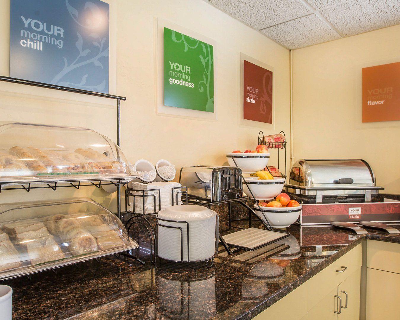 Free Breakfast Buffet Comfort Inn Hotel In North Myrtle Beach