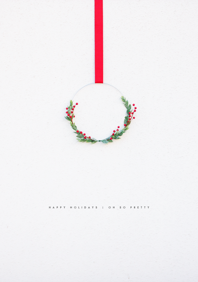Happy holidays oh so pretty minimal wreaths and holidays for Minimalist christmas