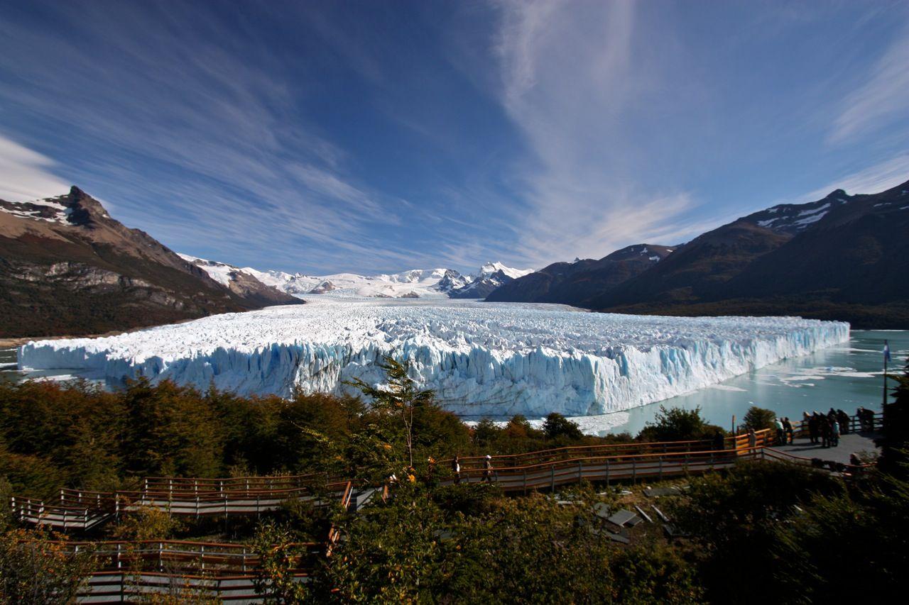 Algunos glaciares de Argentina para no perderse http://www.lugaresdemipais.com/argentina/santa-cruz/los-mas-imperdibles-glaciares.htm