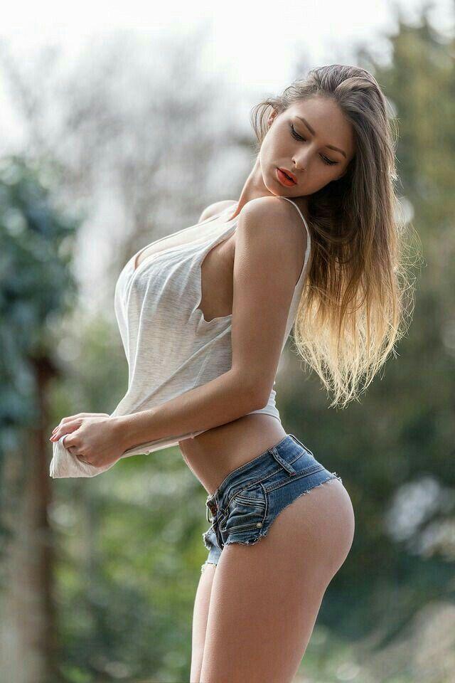 Sexy dark latina lesbian porn
